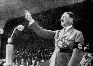 6-Hitler-e1415649023221